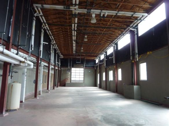 25 ft ceilings!